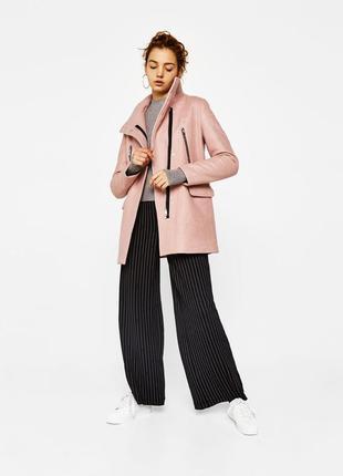 Распродажа на новое пальто bershka