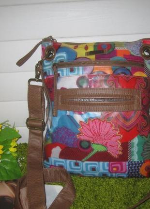 Шикарная сумка дорогого дом моды desigual