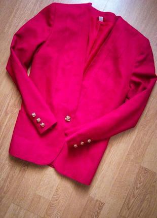 Пиджак классический деловой фуксия красный с золотом