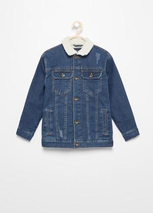 Продам модную, теплую джинсовую куртку reserved на мальчика.