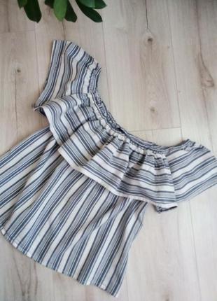 Блуза-топ с воланами