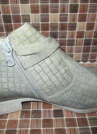 Ботинки tamaris р.39.натур.кожа.оригинал.не ношенные.2 фото
