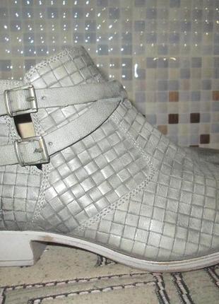 Ботинки tamaris р.39.натур.кожа.оригинал.не ношенные.5 фото