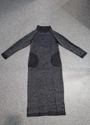 Крутое теплое новое платье