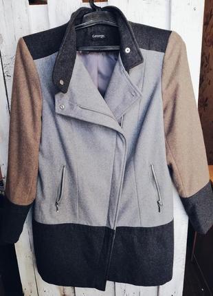 Актуальное осеннее пальто george