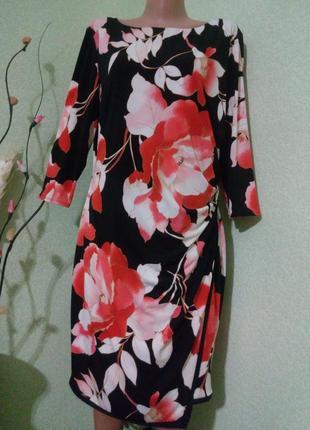 Обворожительное яркое платье 50-52