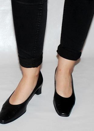 Туфли 39  р gabor германия кожа полная оригинал