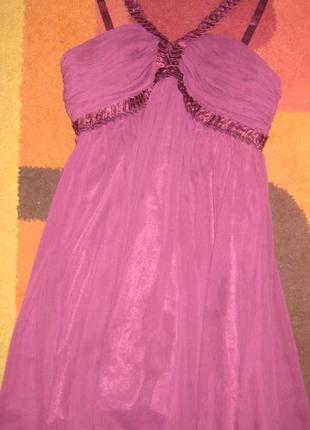 Нарядное платье из шифона с пышной юбкой