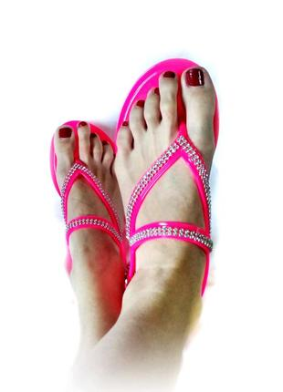 Яркие розовые кислотные силиконовые босоножки сандалии 26см