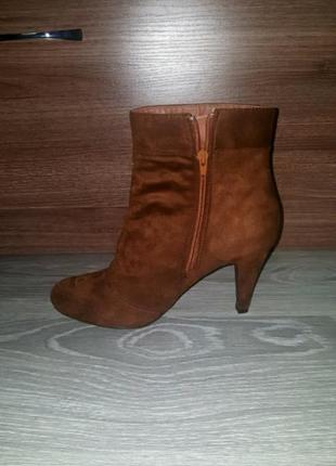 Новые anna field ботинки сапожки ботильоны 41 коричневые1 фото