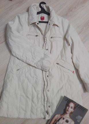 Осенний пуховичок-куртка тонкий светлый