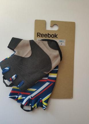 Женские перчатки для фитнеса reebok