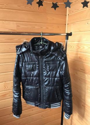 Стильная куртка с утеплением