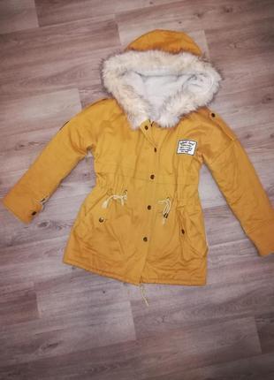 Парка. парка зимняя. парка с мехом. парка жёлтая. куртка. пальто. парка женская