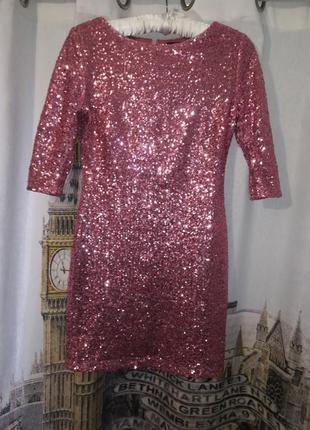 Платье розовое. платье в паетки. паетки. платье мини. платье праздничное.