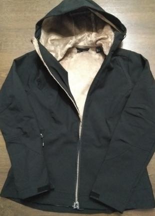 Женская лыжная куртка softshell на меху от тсм tchibo германия, размер 38 евро=443