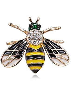 Красивая брошь пчела в стразах, новая! арт.2821