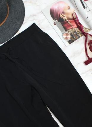 Обнова! брюки джоггеры на манжетах на завязках черные  stradivarius3 фото
