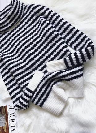 Шикарный тёплый свитер шерсть мериноса banana republic