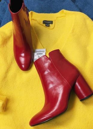 Продам шикарные ботиночки bershka