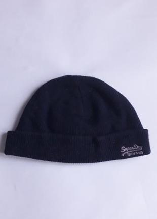 Стильная зимняя шапка superdry на большую голову