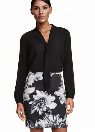 Шикарная юбка с принтом h&m (огромный выбор пиджаков)