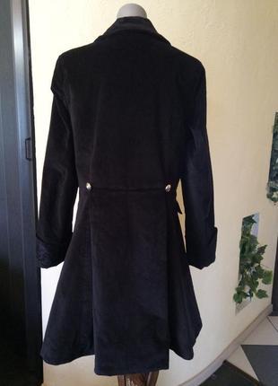 Эксклюзивное велюровое стрейчевое пальто с вышивкой 52-54р2 фото