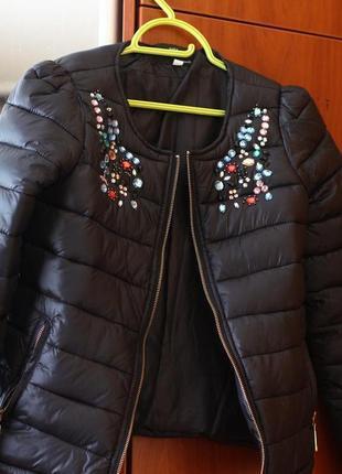 Новая дутая куртка на синтепоне