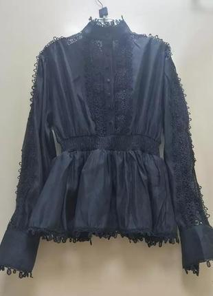 Красивая блуза из кружева1 фото