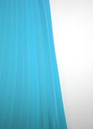 Шифоновое плиссированное платье! ярко голубое - есть поролон вкладки4 фото