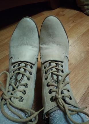 Кожаные фирменные ботинки  martina buraro1 фото