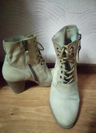 Кожаные фирменные ботинки  martina buraro3 фото