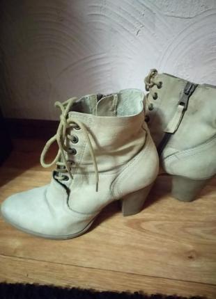 Кожаные фирменные ботинки  martina buraro4 фото