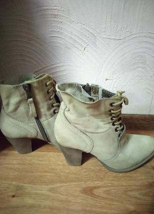 Кожаные фирменные ботинки  martina buraro5 фото