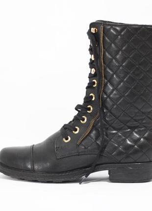 Высокие кожаные ботинки1