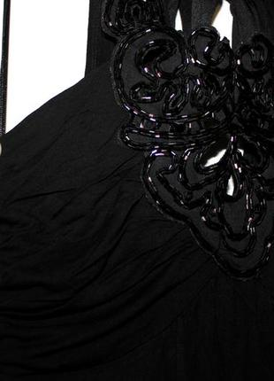Черное платье с бисером на груди -- красивая спинка!5