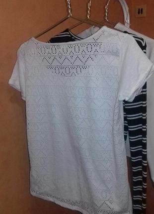 Необычная белая футболка4 фото