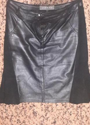 Статусная кожаная юбка с замшей udekasi
