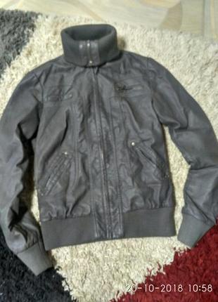 Женская курточка эска1