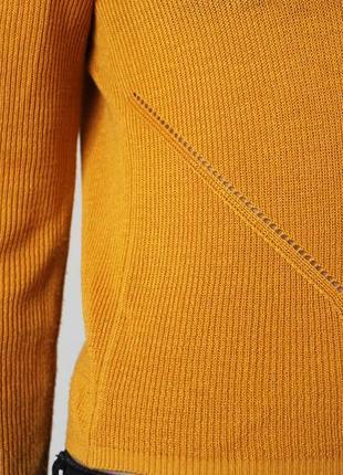 Кофтинка гарного кольору від h&m divided3
