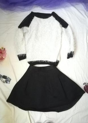 Плотная короткая юбка, держит форму1 фото