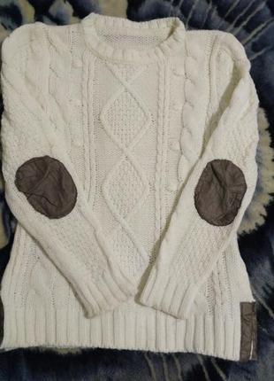 Женский вязанный теплый свитер молочного цвета1 фото
