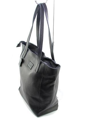 Кожаная женская сумка шоппер на плечо черная складная с длинными ручками2 фото