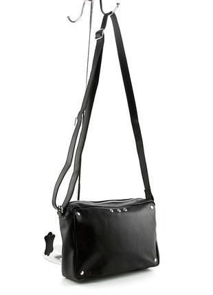Кожаная маленькая сумка кроссбоди через плечо черная на молнии3 фото