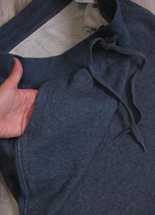 Очень классная юбка плотный трикотаж, хорошо тянется размер eur 38-402