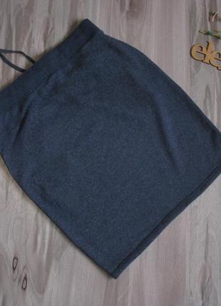 Очень классная юбка плотный трикотаж, хорошо тянется размер eur 38-404