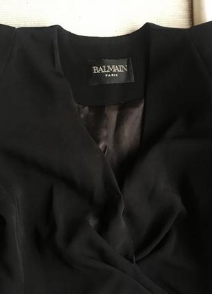 Стильное чёрное платье balmain