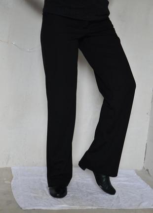 Классические черные прямые брюки 44р-р