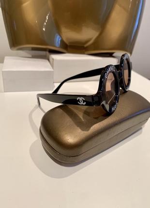 Шикарные полупрозрачные очки подиумная модель3