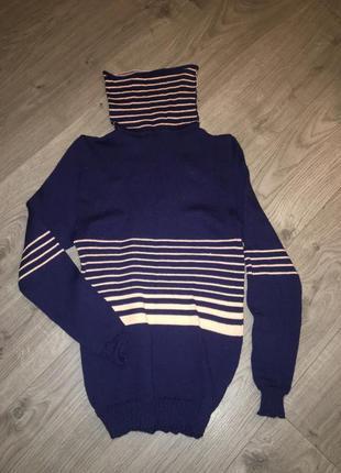Шерстяной свитер ручной вязки1